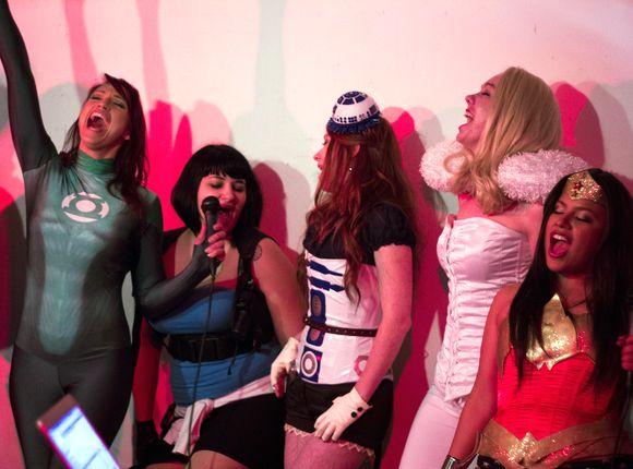 Concurso-Karaoke-Megahits-en-el-Salón-Manga-de-Jerez-2015_1